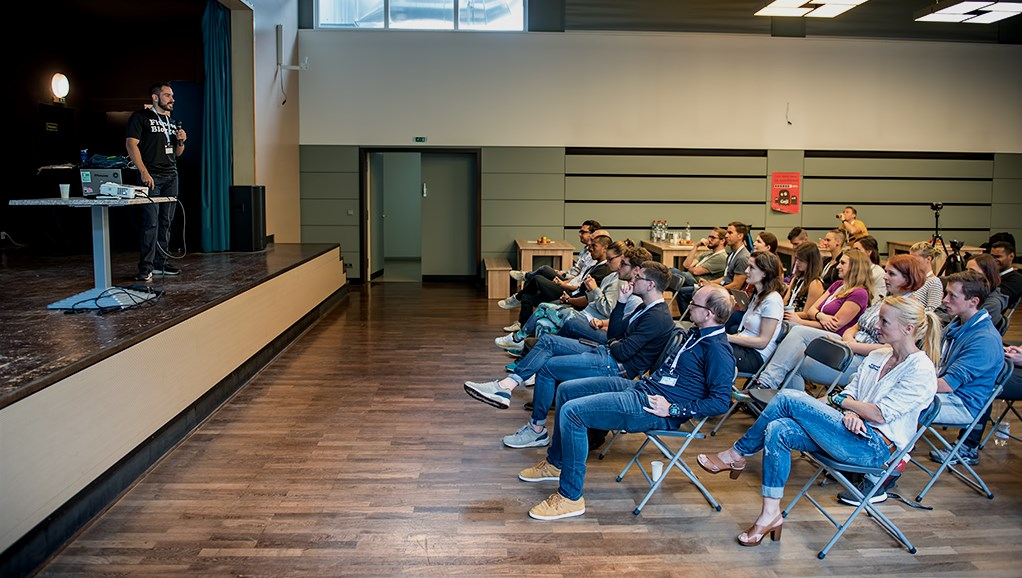 FiBloKo Fitness Blogger Konferenz Main Slider Vortrag Jahn Fitvolution